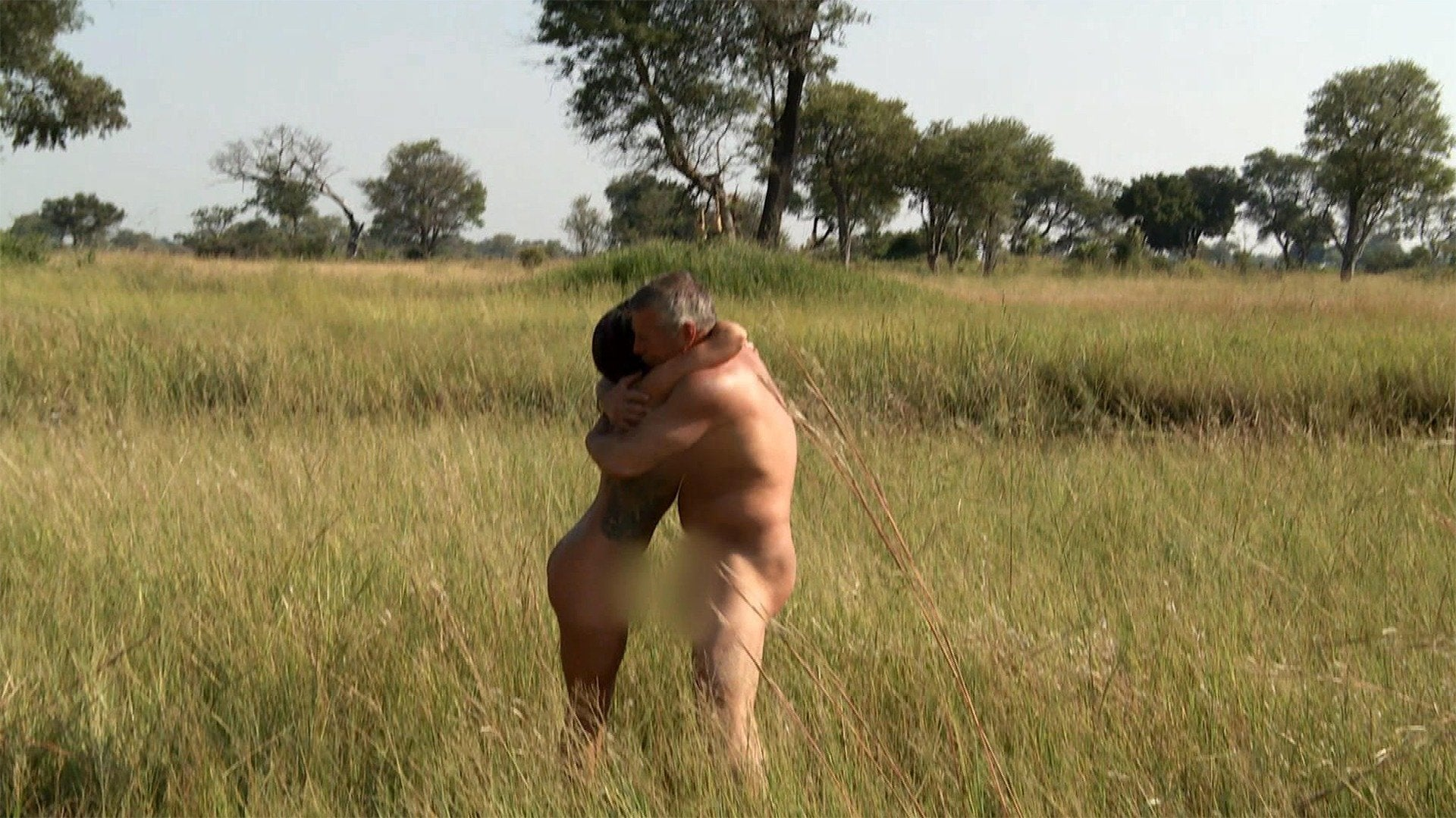 Naked and Afraid XL: Extras