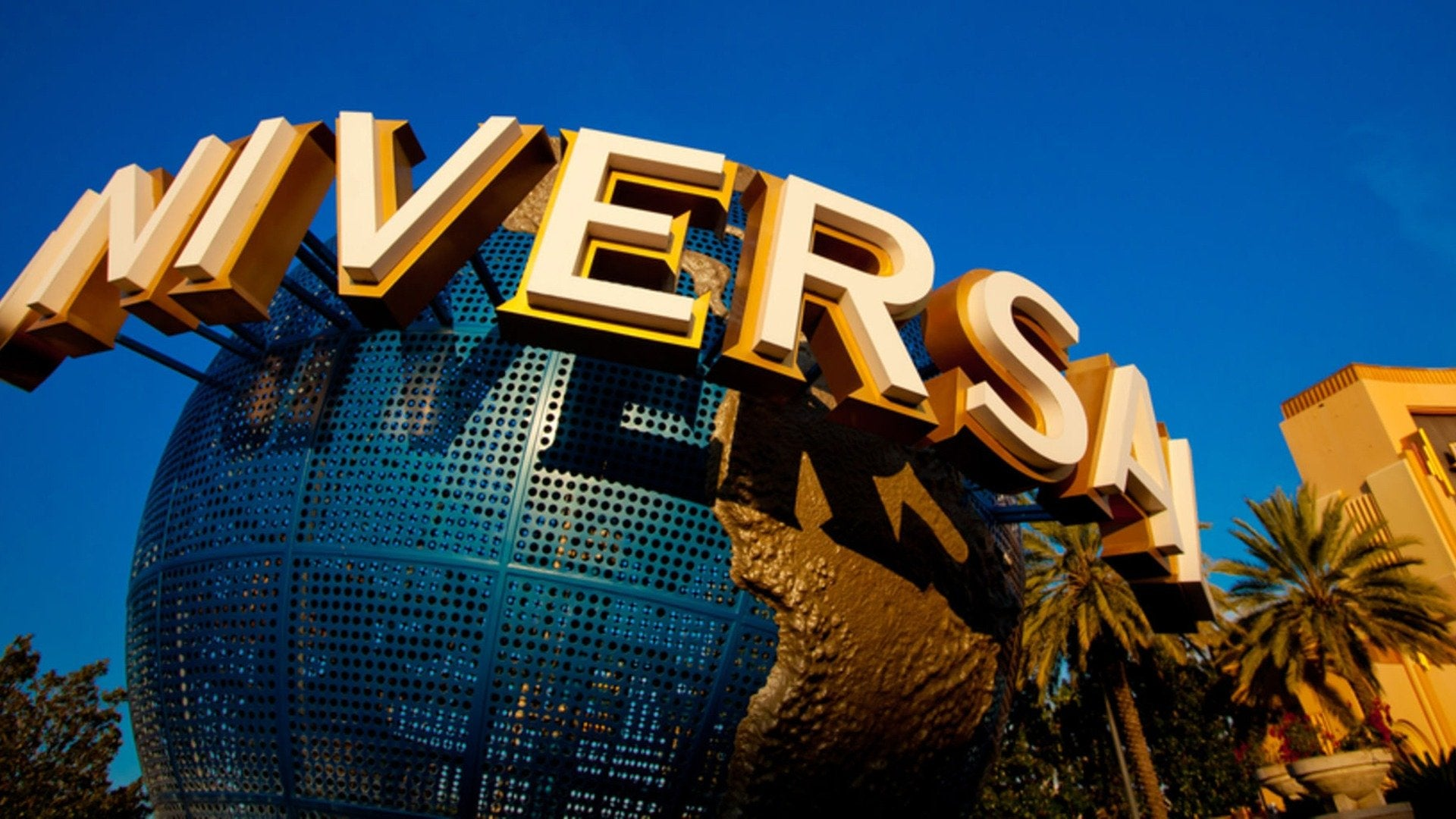 Universal Orlando: Behind the Scenes