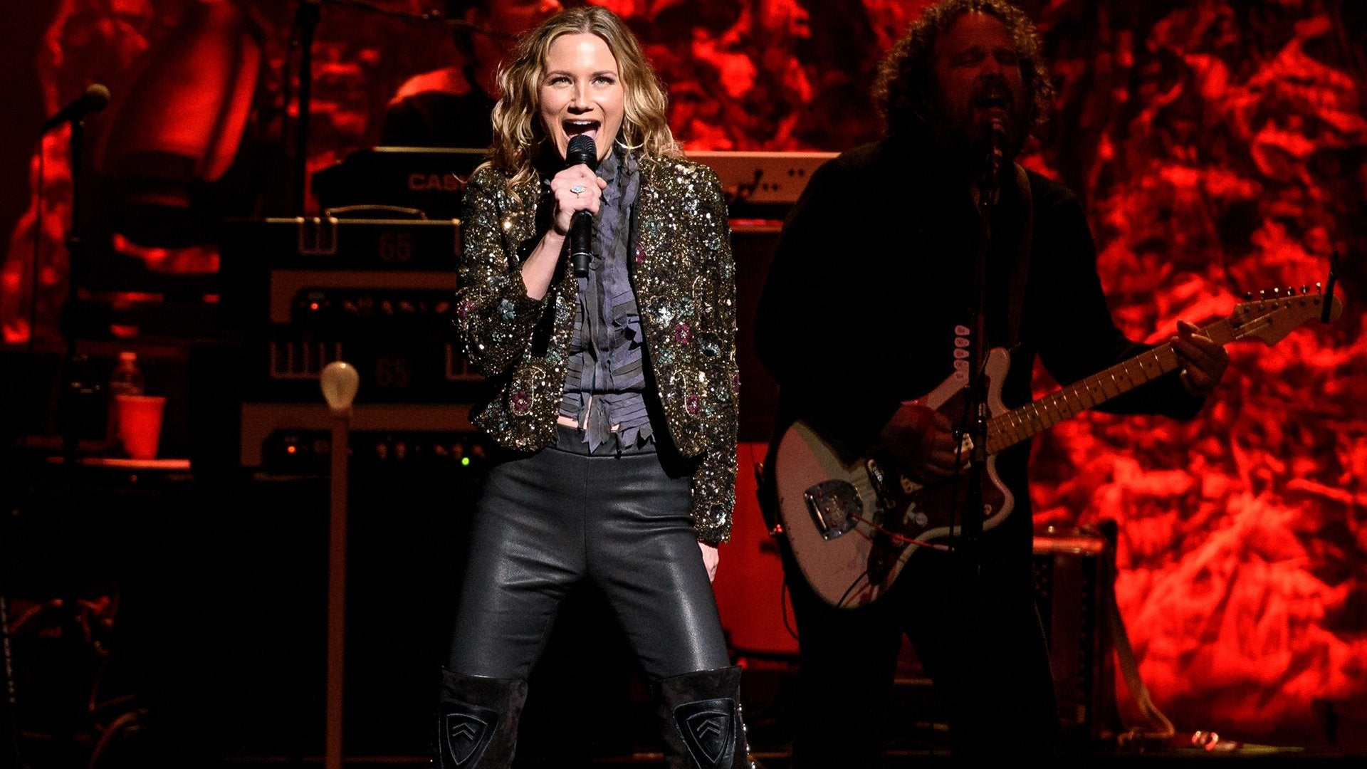 Band Against Cancer Presents Jennifer Nettles: Tis The Season