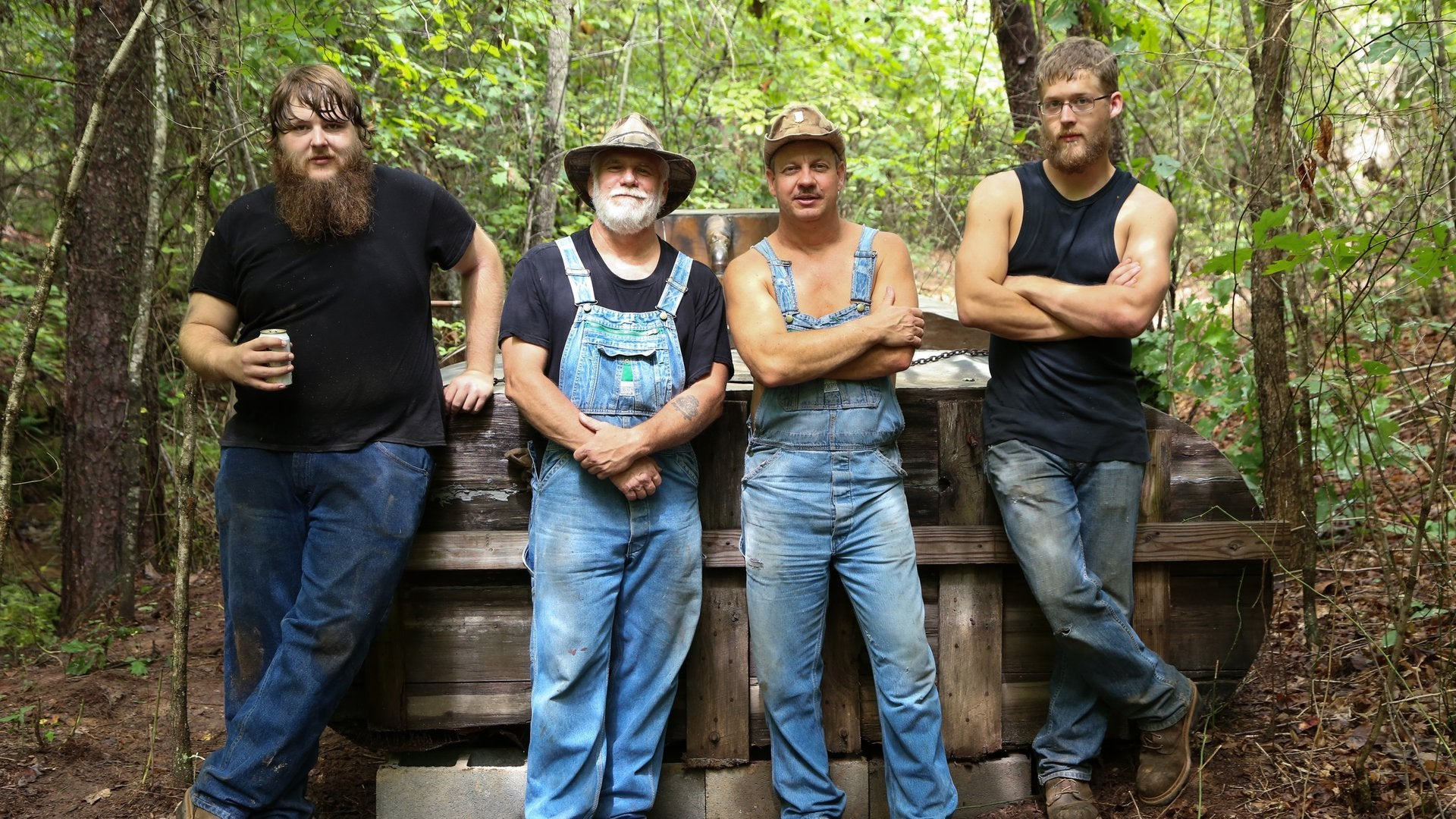 Moonshiners: Boatload of Shine