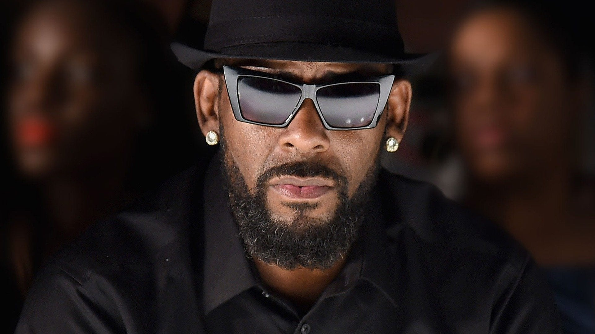 R Kelly: Sex, Girls and Videotapes