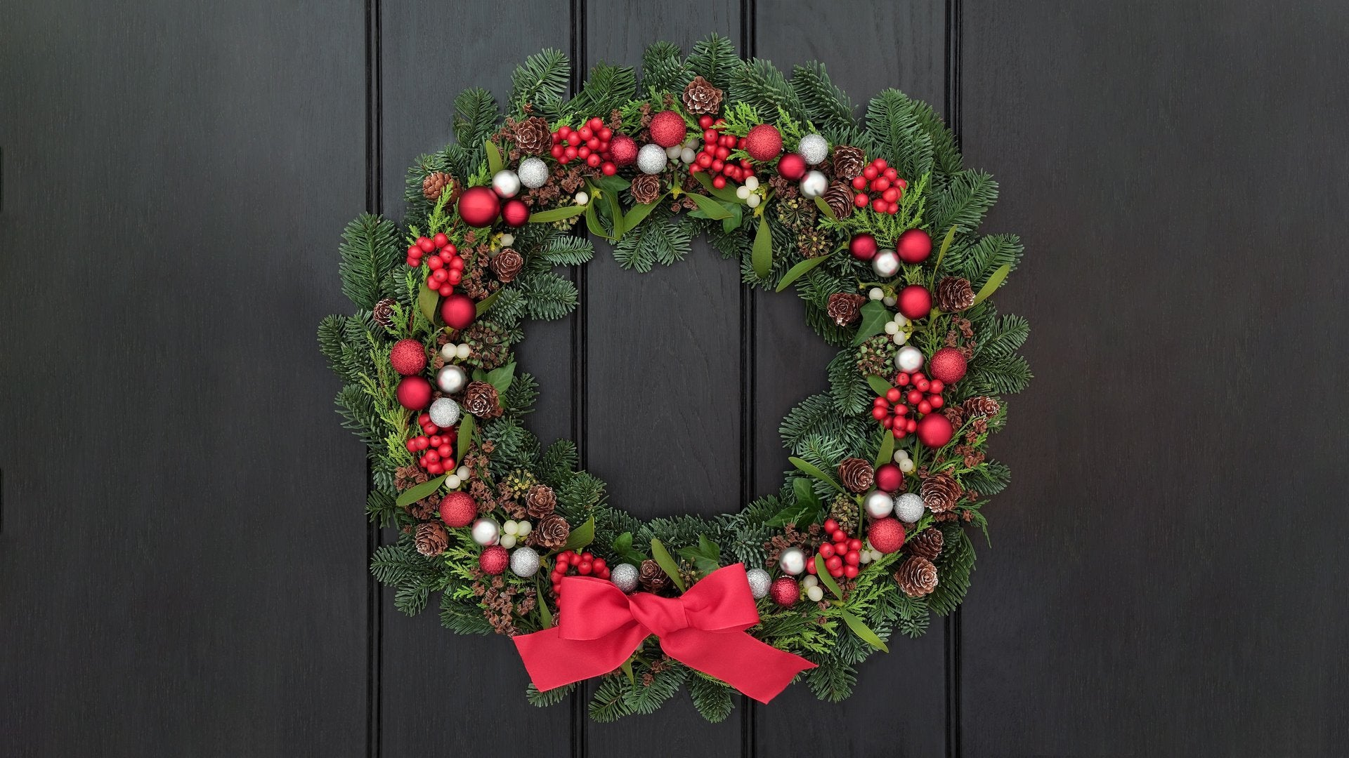 Hallmark Channel's Holiday Home Decorating Reveal
