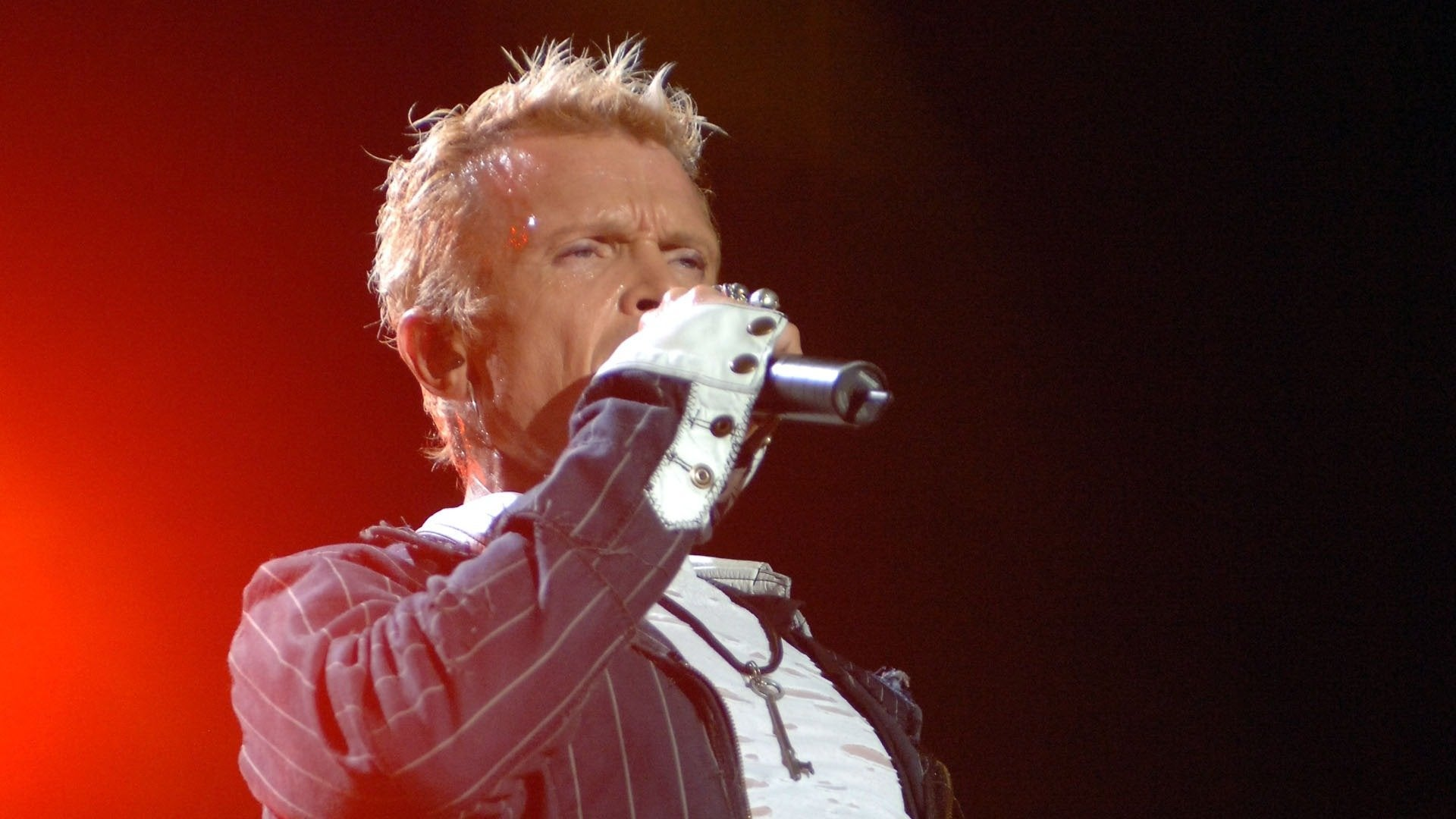 Billy Idol: In Super Overdrive Live