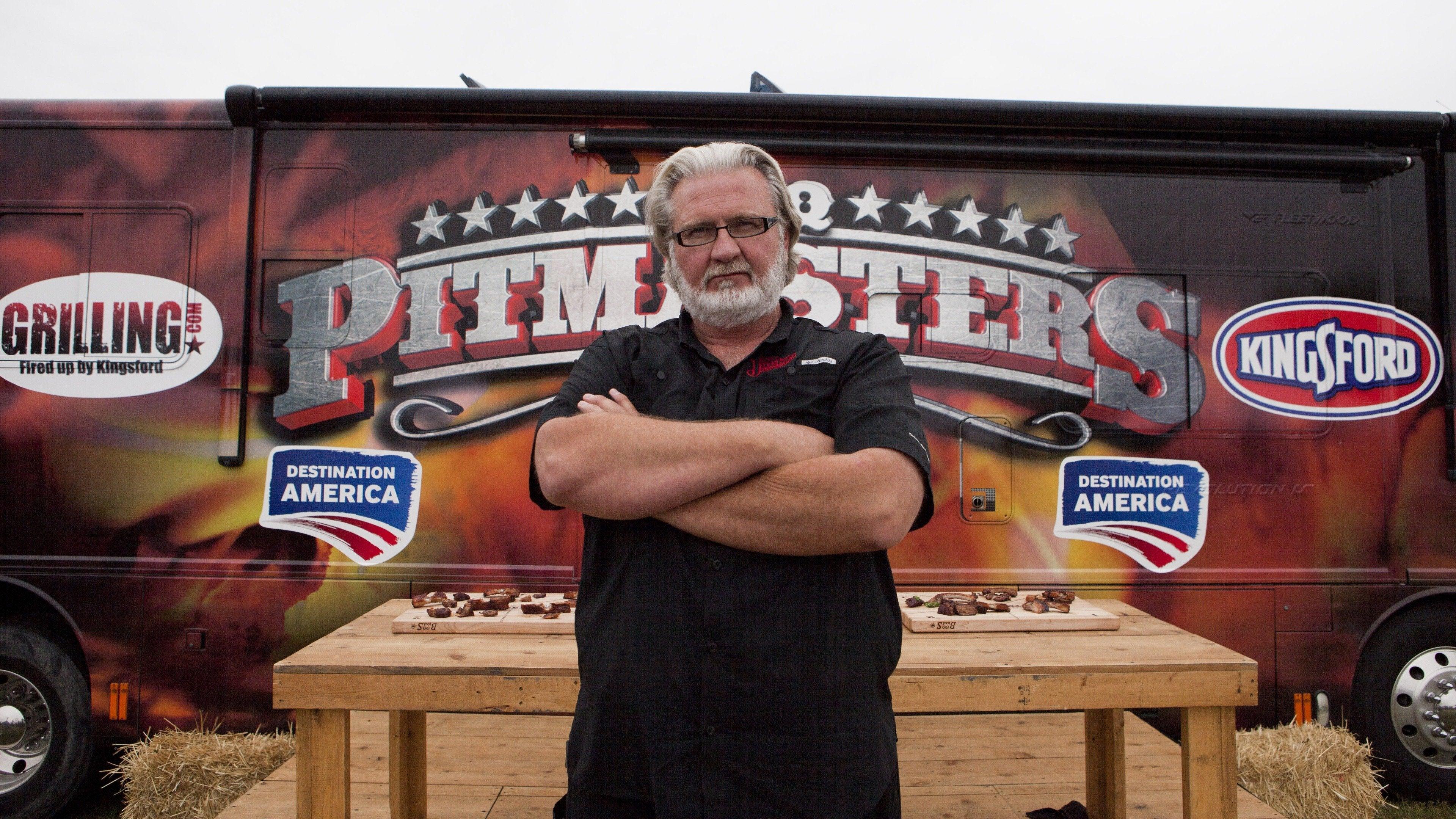 BBQ Pitmasters: Father vs. Son
